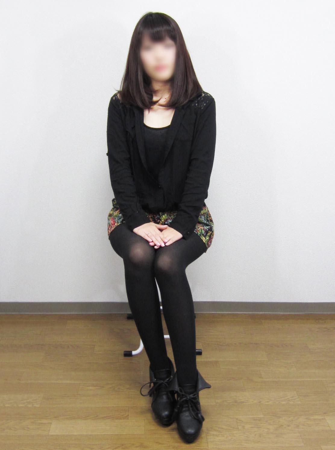 ユイ 写真1